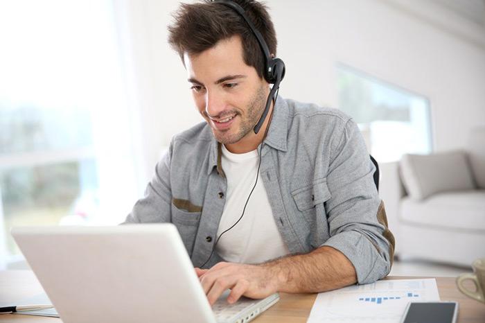 3 Tips Membangun Bisnis Sambil Bekerja Jadi Karyawan | EmasCorp.com